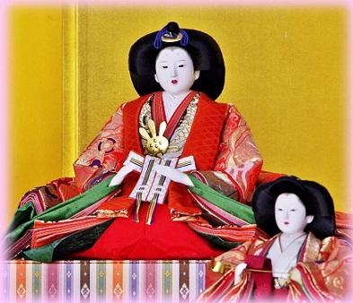 2-2 ひな人形--「親王妃・女雛」・市役所1Fロビー.jpg