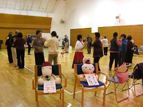 20101230フォークダンス2.JPG