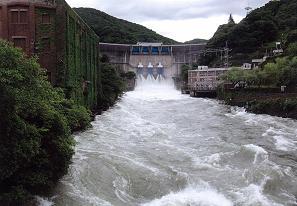 20110602天ヶ瀬ダム.JPG