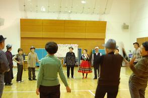 20111215フォークダンスサークル1.JPG
