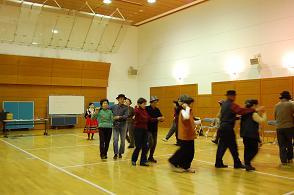 20111225フォークダンス2.JPG