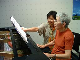 2012061870歳からのピアノレッスン2.JPG