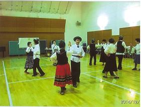 20141228フォークダンス発表会2.png