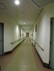 診療所とおり.JPG