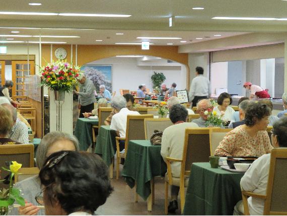 1大食堂.png
